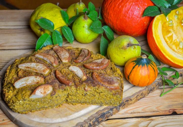 Veganer Kürbis-Hafer-Nusskuchen