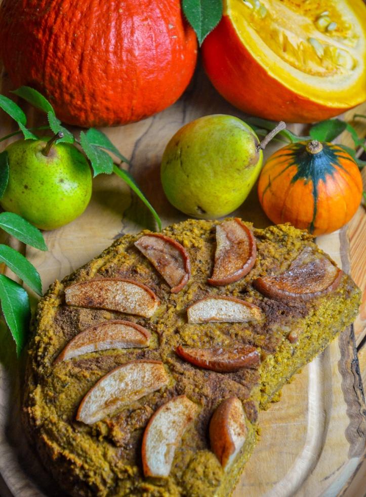 Veganer Kürbis-Nusskuchen