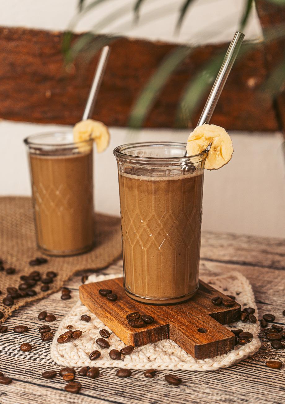 Veganer Kaffee Bananen Milchshake